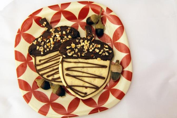 Hazelnut Acorn Cookies